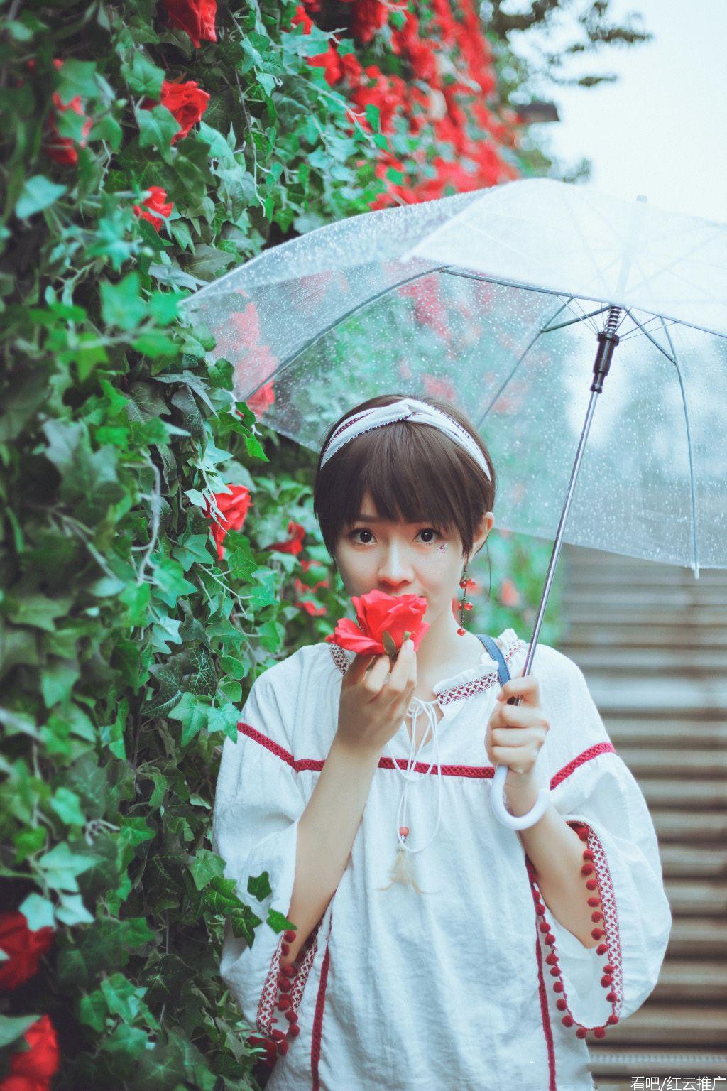 看看吧,打伞青纯美眉,是不是很养眼?